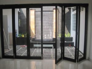 pricelist harga pintu lipat,partisi lipat,partisi geser,penyekat ruangan terbaru